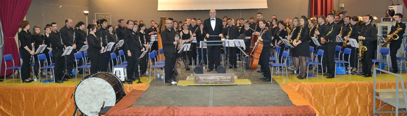 La Banda della Filarmonica con il Maestro Ferrer Ferran